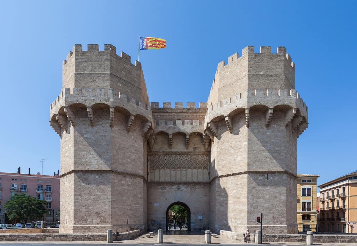 Torres de Serranos, historia valenciana viva