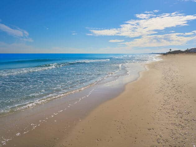 Playa de La Garrofera - Travelodge Hoteles